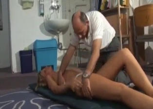 Bald daddy is stimulating his passionate daughter