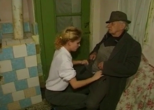 Golden babe gives her grandpa a stunning blowjob